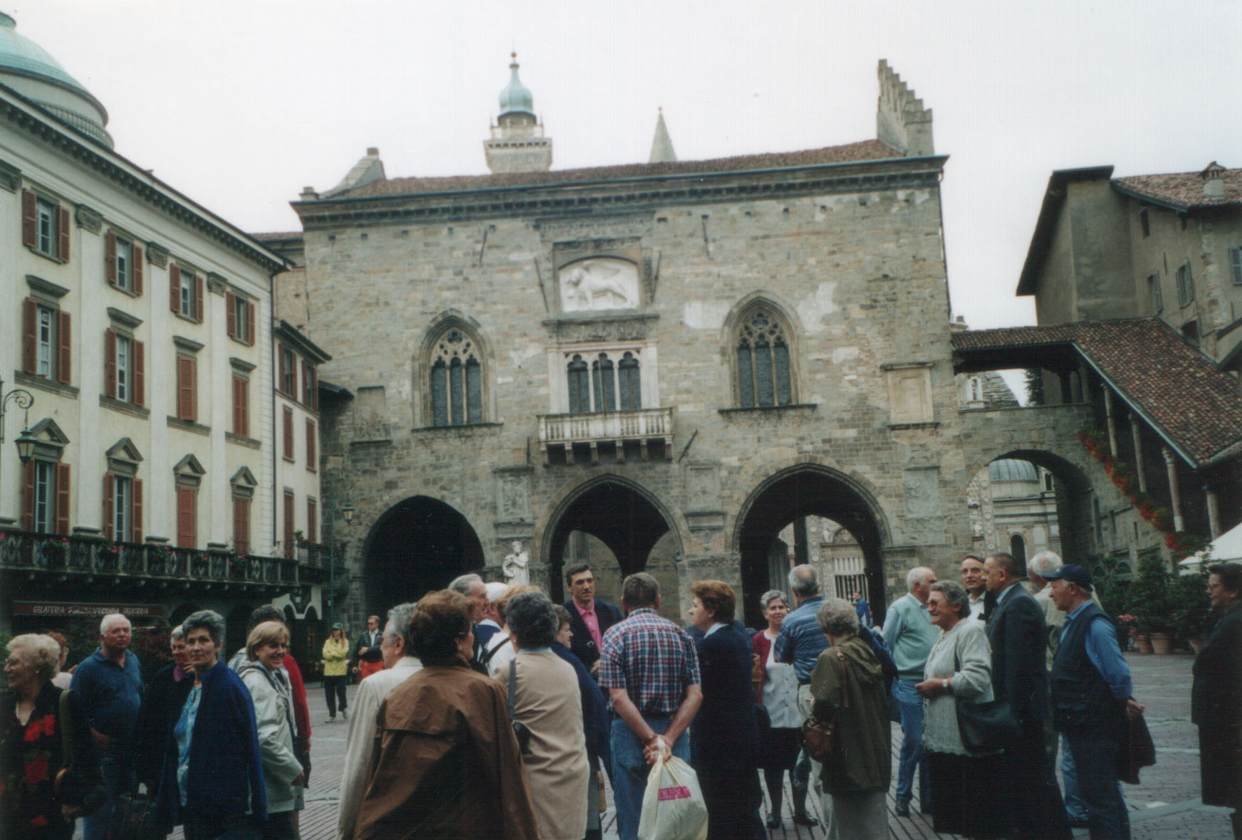 2002-bergamo01